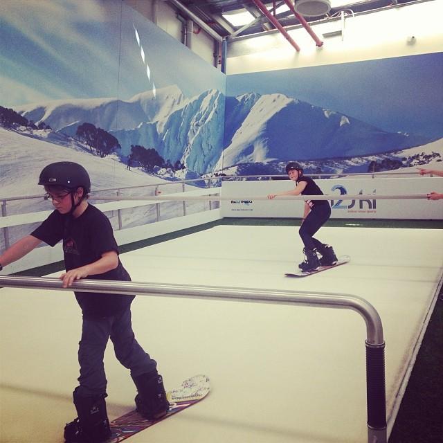 indoor snowboardhalle