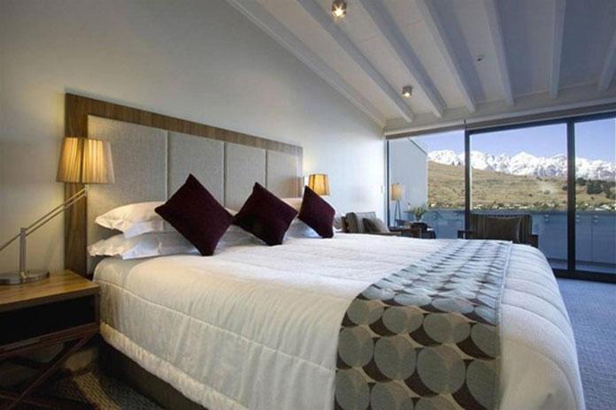 Rees Hotel Queenstown room view