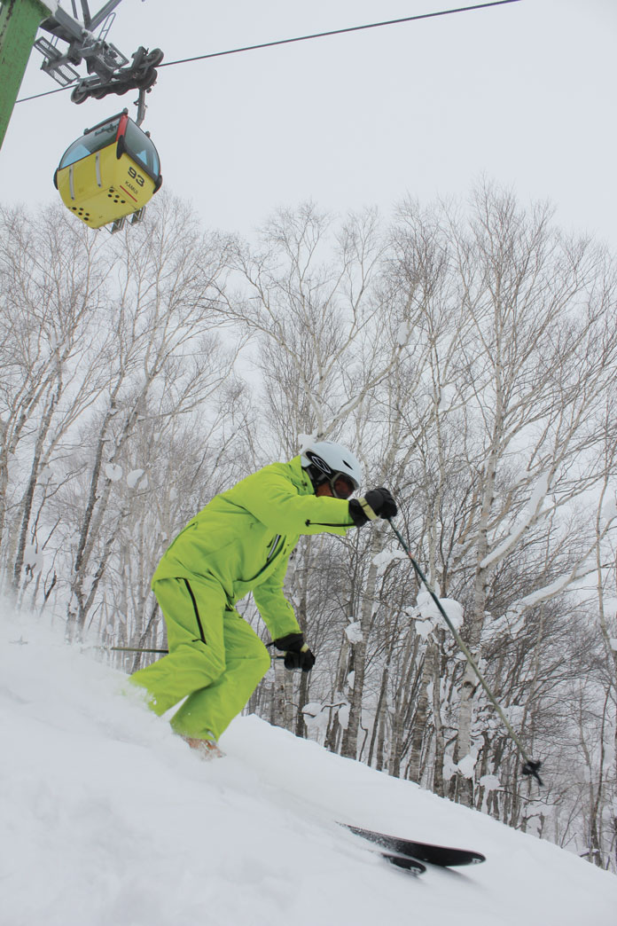 Powder skiing Kamui