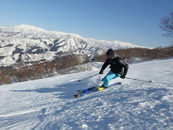 Kengo Nogami skiing Ishiuchi Maruyama