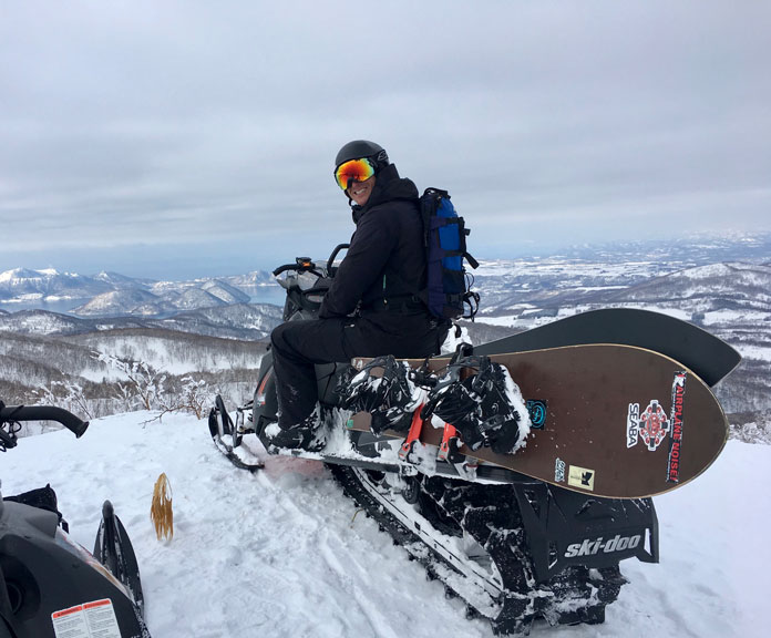 Sledding out with a load of Gentemstick Super Fish snowboards to a secret Hokkaido powder location