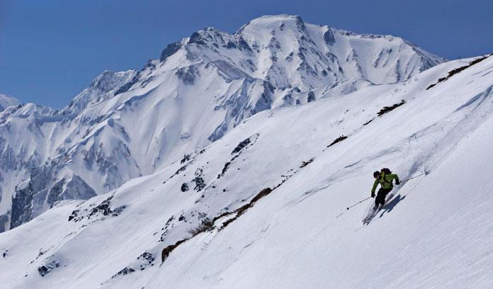 Skiing Happo-Sawa Hakuba back country