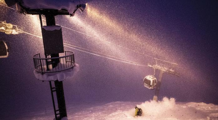 Japan's best night skiing can be found off the Niseko Hirafu gondola