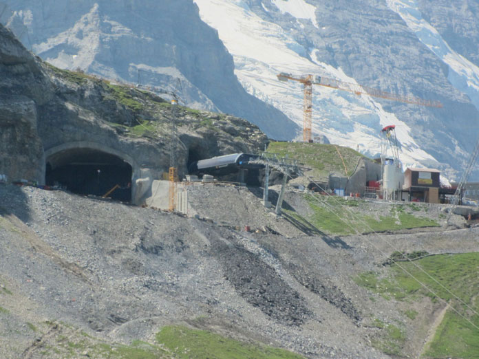 Construction work on the new V-Cableway Eiger Glacier top station
