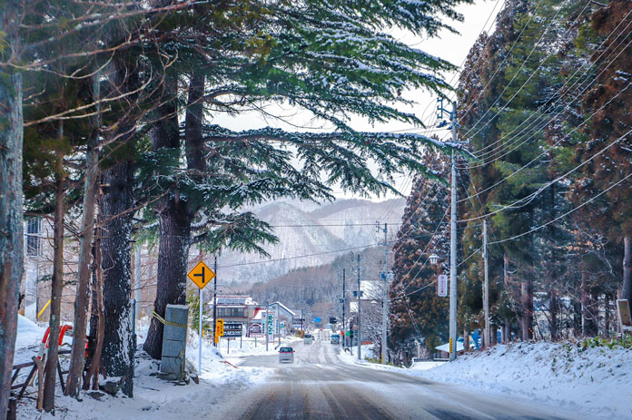 Snowy morning in Nakanosawa Onsen, Aizu