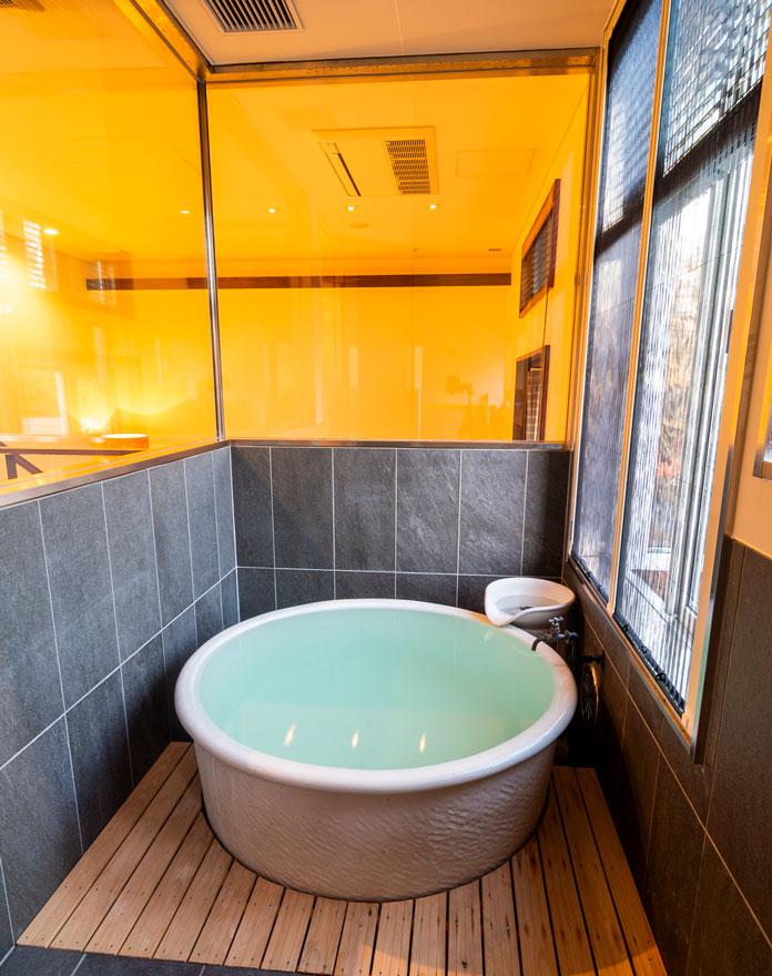 Onsen tub room at Numajiri Kogen Lodge