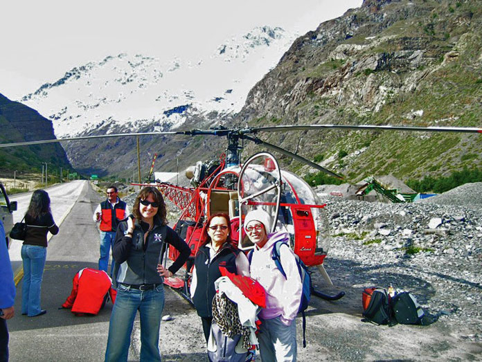 Helicopter pick up for Portillo when road is blocked