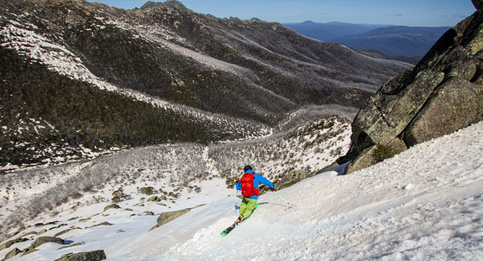 Telemark skier in Twin Humps