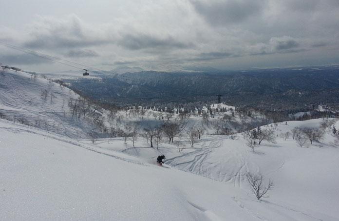 Owain Price skiing Asahidake, Hokkaido