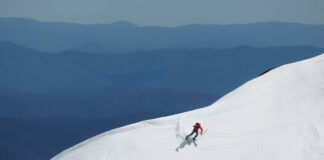 Tim Macartney-Snape sking a steep Western Faces line