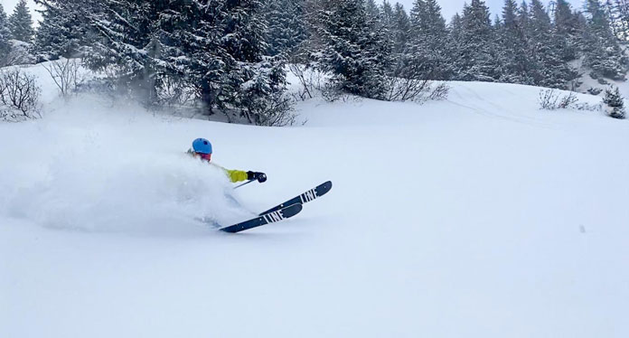 Best snow in Europe now? Powder skiing Brunni at Engelberg-Titlis Jan 27, 2021