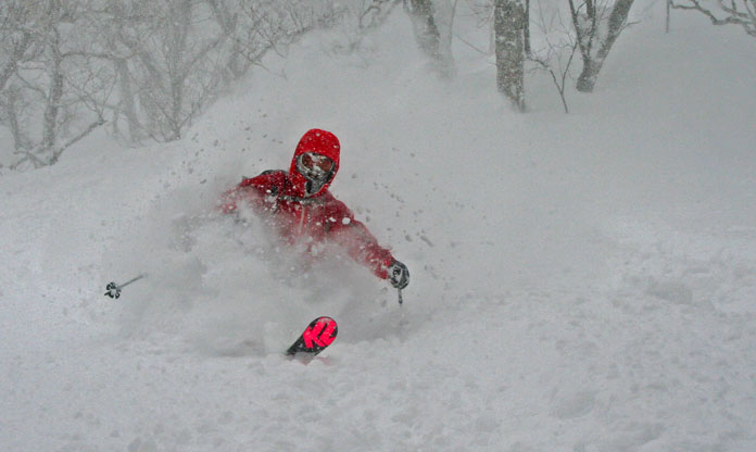 Early season powder skiing at Niseko December 17, 2020