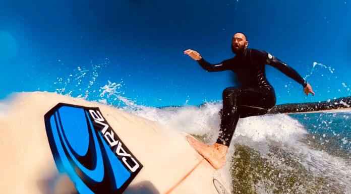 Slashing a wave on Van Der Waal Surf Grips