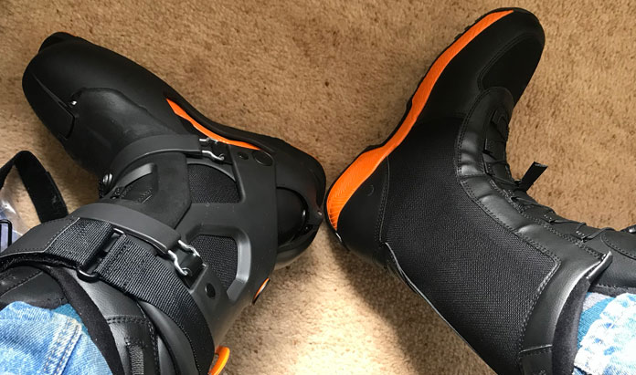 Go skiing or go walkabout in Dahu Ecorce 01 Pro ski boots