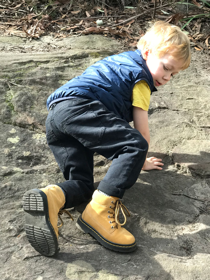 Rock climbing in Everau kids all-weather boots